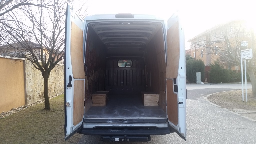 Iveco Daily 35C13 Budapest